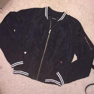 Black moto bomber jacket!