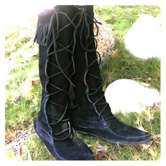 Minnetonka Shoes - Minnetonka black knee-high moccasins