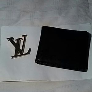 Authentic Louis Vuitton Men's Epi Wallet
