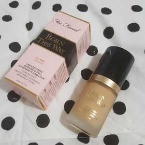 TOO FACED • born this way foundation