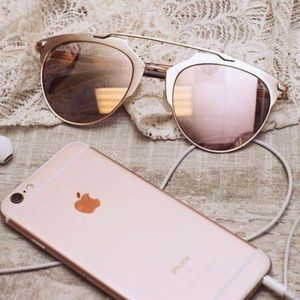 Accessories - NEW ❤️ ROSE GOLD MODIFIED AVIATOR