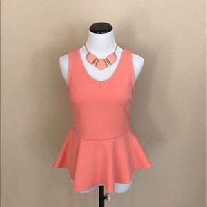 Tops - NWOT - Peplum Top with Necklace