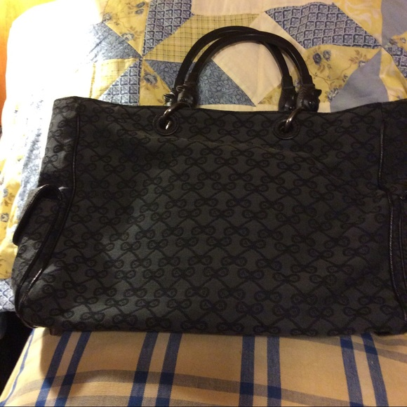 abffef31046d Anya Hindmarch Handbags - EUC handbag by Anya Hindmarch of London FIRM PRICE