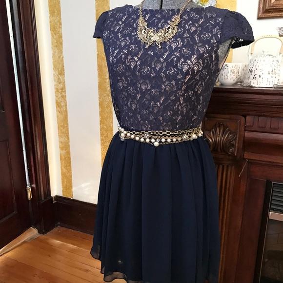 2728cf6ecde8c Emerald Sundae Dresses | Junior Dress In Size 9 From Macys | Poshmark