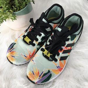 Adidas zapatos zapatillas de deporte poshmark torsión aves del paraíso