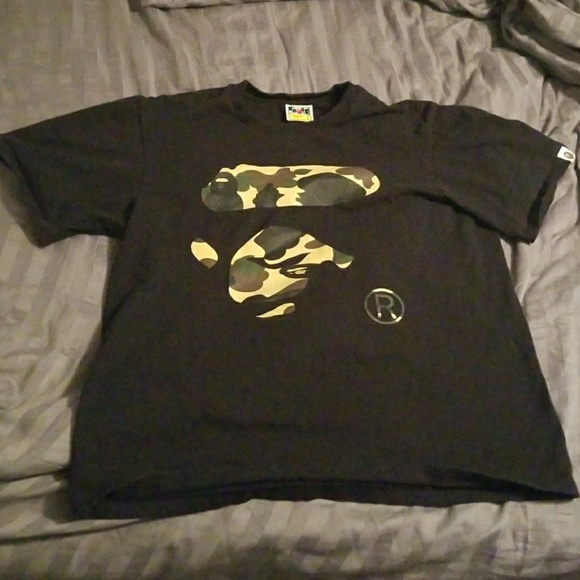 10e7ac45c7e1 Bape Other - Vintage Bape 1st Camo Ape Face T-shirt
