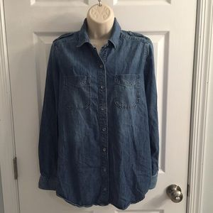 Chambray Express button up shirt, size S