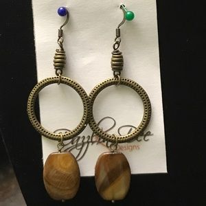 Jewelry - Bronze dangle earrings