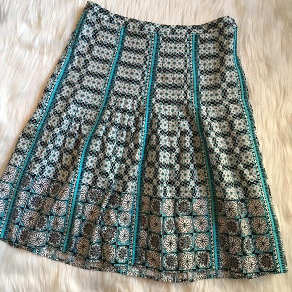 508f0f3952 LOFT Dresses & Skirts - Ann Taylor LOFT Paneled Abstract Geo Floral Skirt