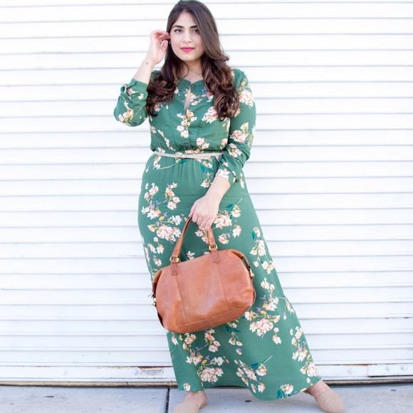 eb2d67d3976 Green floral SheIn maxi dress long sleeves. M 597e1e9ac6c79527880bb39e