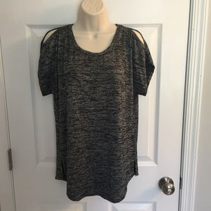 NWT Gray open shoulder Apt. 9 top, size M
