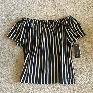 NWT $78 French Connection off the shoulder top M