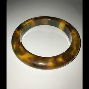 Jewelry - Vintage Tortoise Shell Cuff