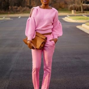 Sweaters - Pink cold shoulder sweater