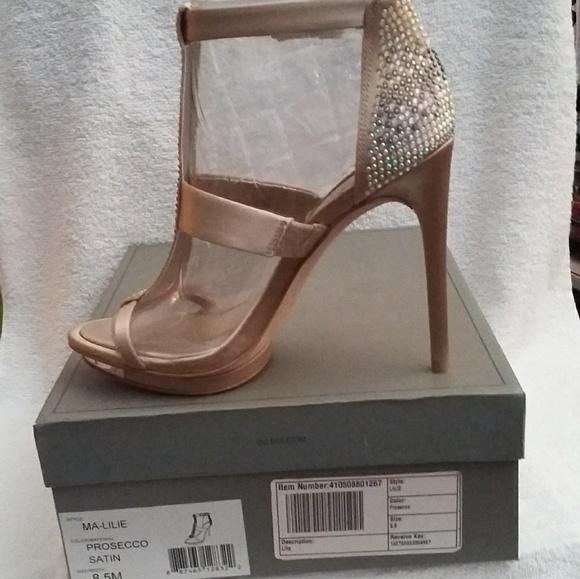 3dbf86906 BCBG  MA-Lilie  Stiletto Heels - 8.5  NEW