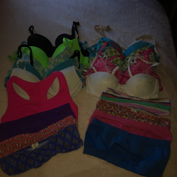 1d446ab66f33c American Eagle Outfitters Other - GILLY hicks and AEO bra lette bundle