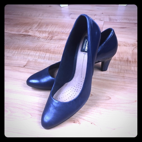Artisan Poshmark Clarks Blue Active Patent Navy Pumps Air Shoes 5HqRxOH