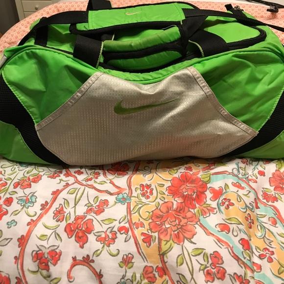 Lime-green Nike gym bag. M 597e56f6bf6df58ba50cb56a 83e9a5d26