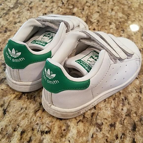 adidas Shoes Småbarn Stan Smith Sneakers Størrelse 5c         Poshmark    adidas Sko   title=          Stan Smith Shell Toe Sneakers Toddler 7