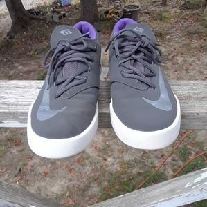 Nike Kd Girls Shoe's size 6.5 youth