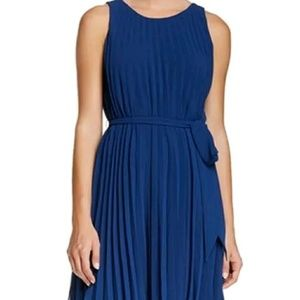 Nwt - Max Studio Blue pleated dress Size Lg