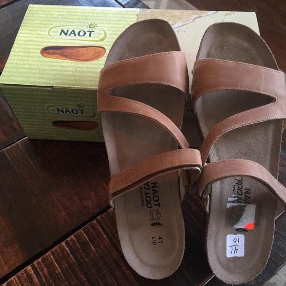 b54fc12ba72c NAOT women s size 10 41 New in box Gabriela sandal