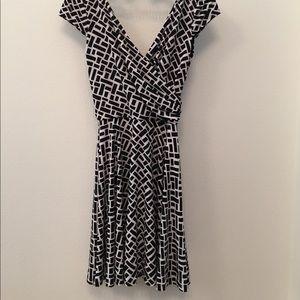 🆕NWT Black House White Market Size 0 Dress