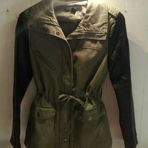 Leather sleeve army jacket
