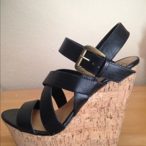 Shoes - Delicious Wedges Size 7 1/2