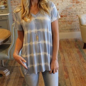Tops - Cool tie-dyed T-shirt