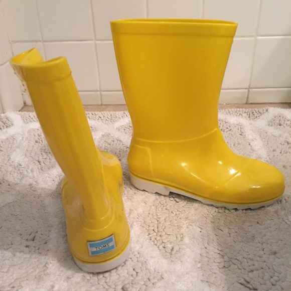 Toms Shoes Yellow Rain Boots Kids Size 1 Poshmark