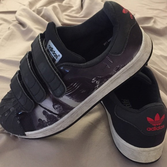 adidas Other - Kids Adidas x Star Wars Black Velcro Superstars fd4c6f572