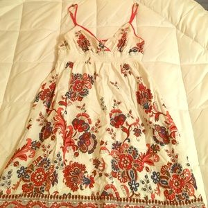 Cute summery dress! Floral