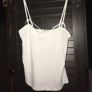 Tops - White criss cross cami