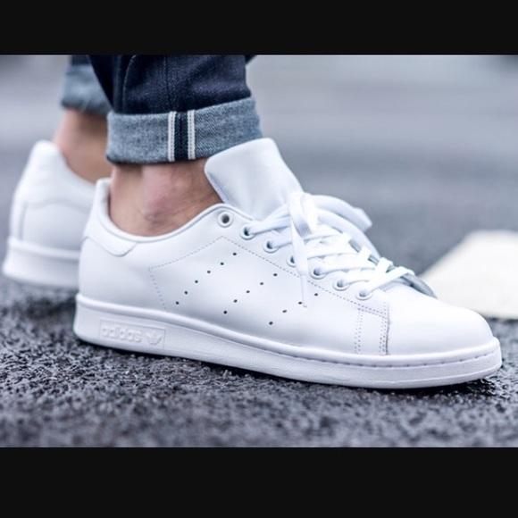 ??SALE??clean Adidas all white stan smith sz 9