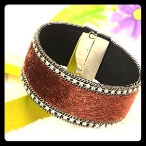 Jewelry - Faux horsehair bracelet
