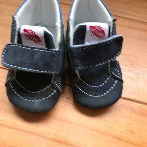 79d03f86b53944 vans Shoes - Baby shoes vans size 2 with box