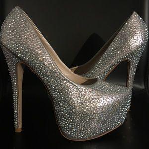 Sliver Crystal Liliana Platform High Heels Size 9