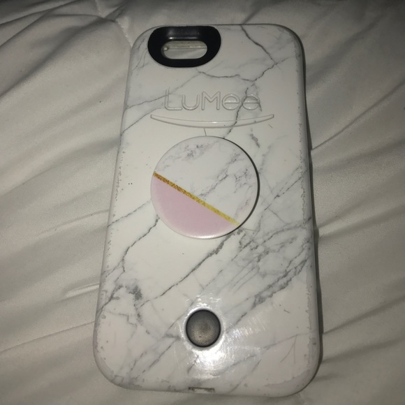 online retailer 5feef 299d1 Marble Lumee Case and Pop Socket ( Good Condition