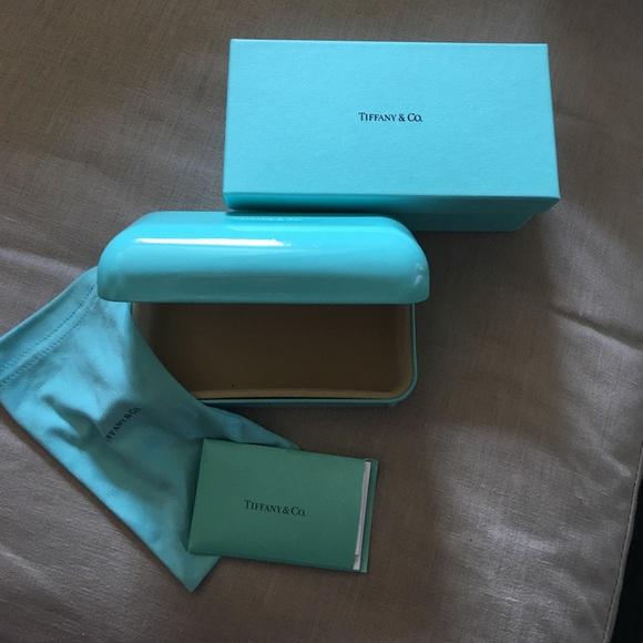 a2d4d0107ab Tiffany   Co Sunglass Case