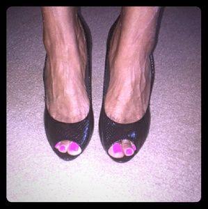 Shoes - Black open toe pumps