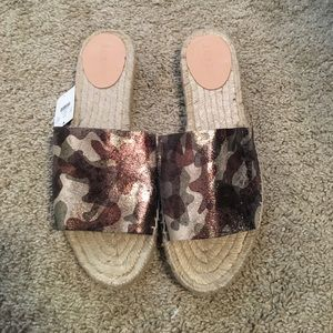 J.Crew Camo Sandals sz 8