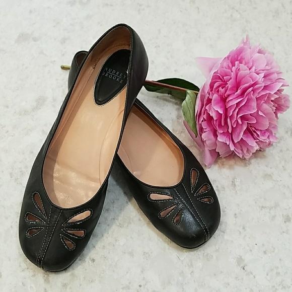 a82adf4e94d Audrey Brooke Shoes - Women s Size 10 Black Audrey Brooke Leather Flats