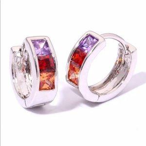Jewelry - 🎈Sale♦️New Delicate Earrings ♦️