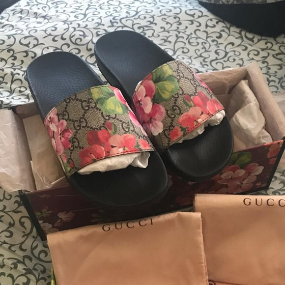 10d8abbf1b38 Gucci Shoes | Gg Blooms Supreme Slide Sandal | Poshmark