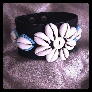 Jewelry - Coffee bean shell bracelet
