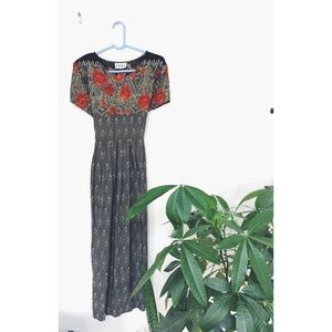Vintage Rose Festival Maxi Dress