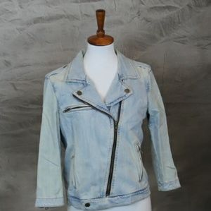 Vintage stonewash GAP jean jacket. M. 100% cotton