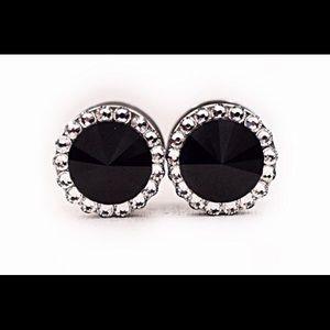 5c6f754adad6b Defiant jewelry D's Closet (@defiantjewelry) | Poshmark