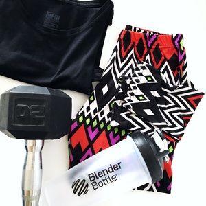 Vibrant geometric leggings